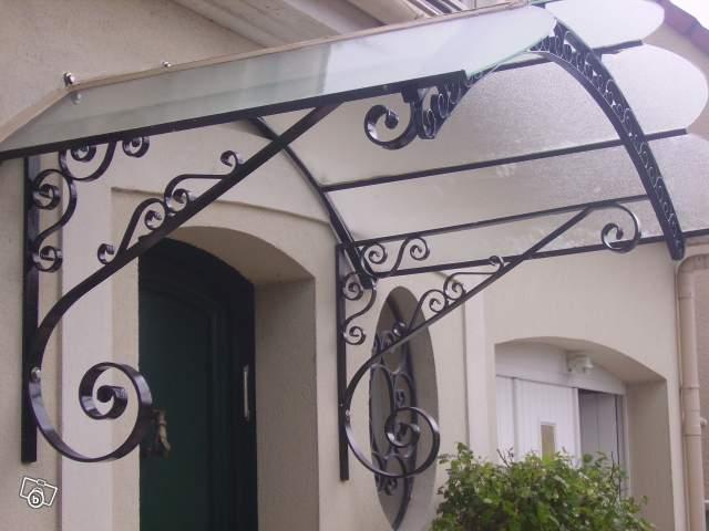 Portail soudure acier aluminium fer forge balcon lebanner for Prix marquise en fer forge